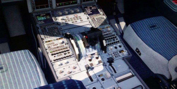 Custom EZCA V2 presets for PMDG 737, 738, 739 NGX and