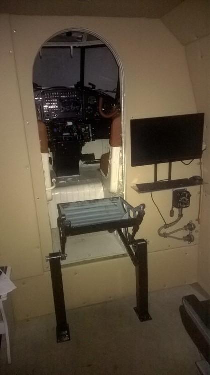 Дополнительное кресло инструктора 2.jpg